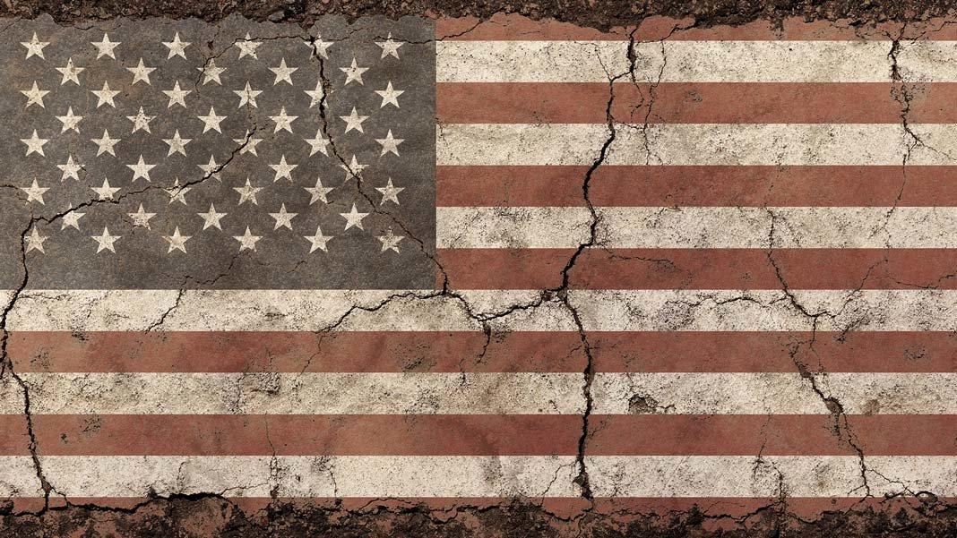 Old Grunge Vintage Shabby Flag Shutterstock 626837189 1068x601